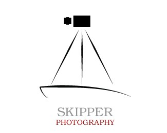 Skipper Photographer Logo