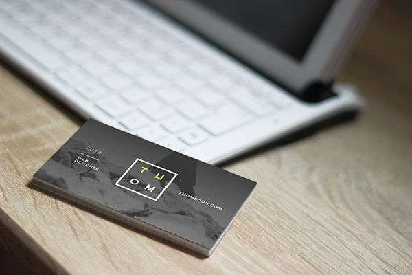 7 Clean Business Card FREE MOCKUP