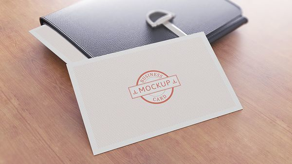 Free Business card mockup 14